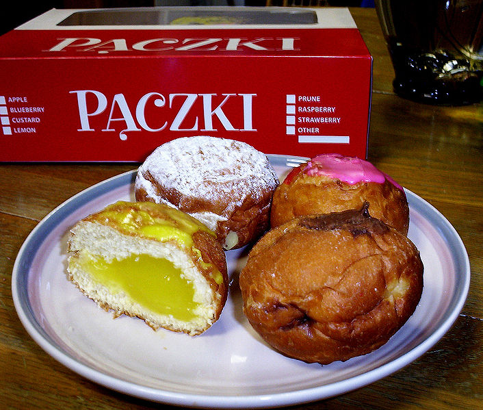 Paczki, via wikimedia commons
